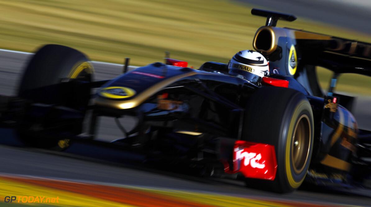 <b>Foto's:</b> Raikkonen weer achter het stuur van Formule 1-auto