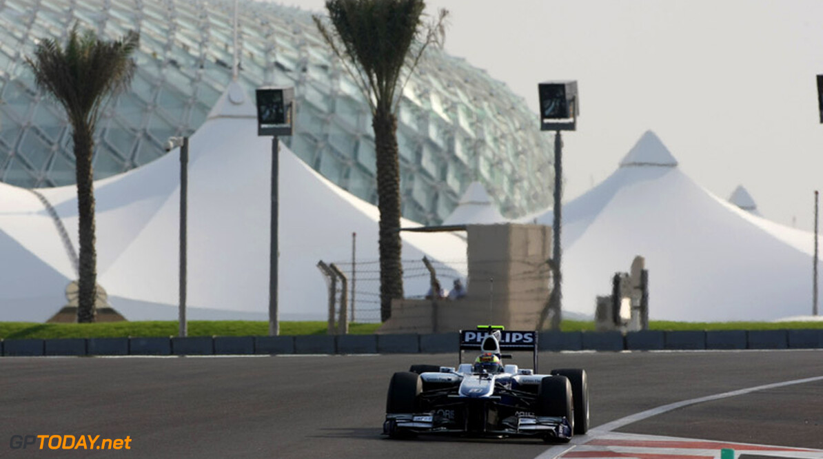 ABU DHABI, UNITED ARAB EMIRATES - NOVEMBER 16: XXXXXXXXXXXXXXXXX in action during the Young Driver Testing at the Yas Marina Circuit on November 16, 2010 in Abu Dhabi, United Arab Emirates. (Photo by Andrew Hone/Getty Images)   Andrew Hone