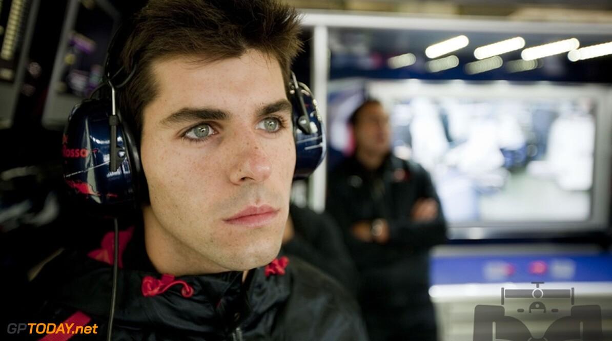 Debuut Alguersuari levert Toro Rosso twee Spaanse sponsors op
