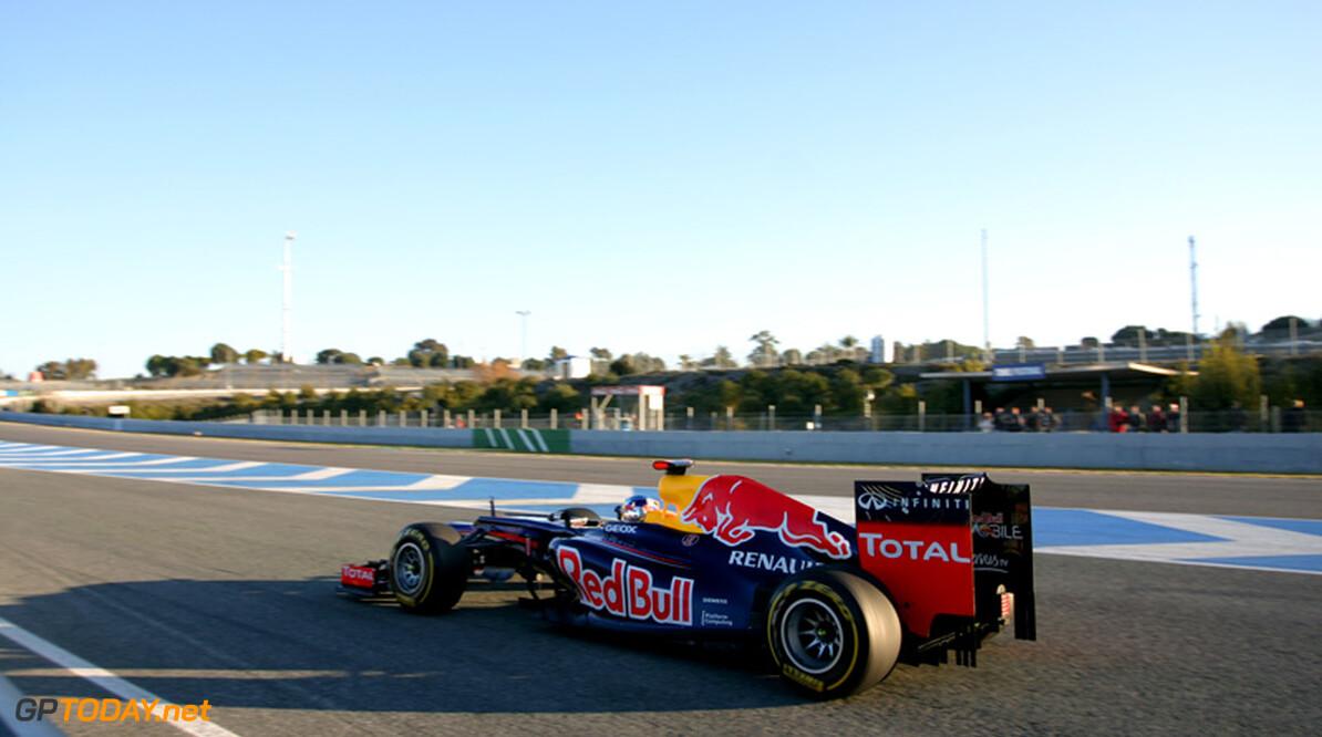 Red Bull Racing in afwachting van uitleg FIA over F-duct Mercedes