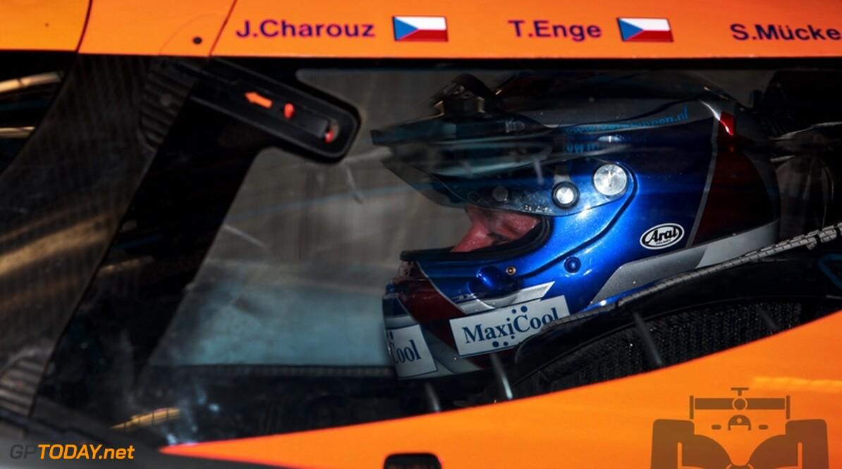 Jos Verstappen traint achtste tijd en is snelste Aston Martin