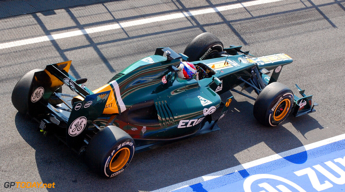 Caterham Preview: Petrov hoping for lot of retirements in Australia