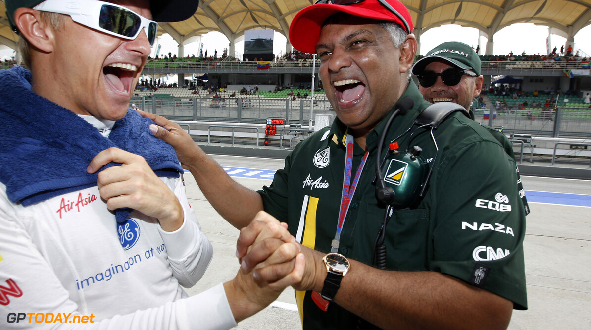 Tony Fernandes hints at Caterham F1 Team sale