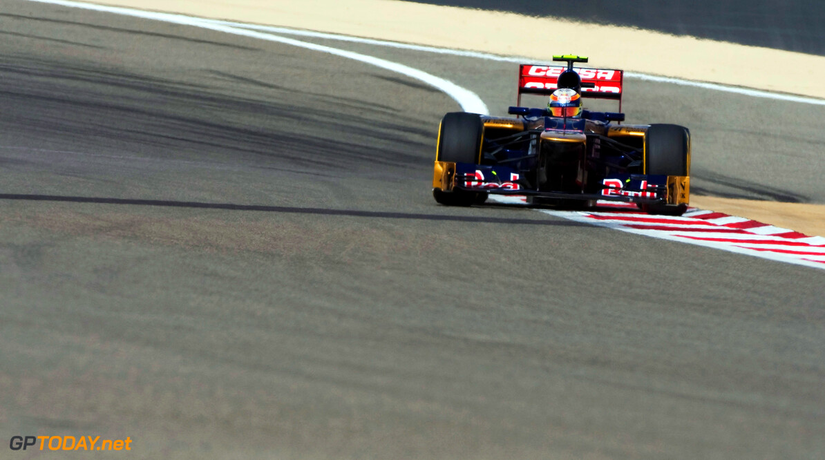 141015638KR130_Bahrain_F1_G SAKHIR, BAHRAIN - APRIL 21:  Jean-Eric Vergne of France and Scuderia Toro Rosso drives during qualifying for the Bahrain Formula One Grand Prix at the Bahrain International Circuit on April 21, 2012 in Sakhir, Bahrain.  (Photo by Peter Fox/Getty Images) *** Local Caption *** Jean-Eric Vergne Bahrain F1 Grand Prix - Qualifying Peter Fox Sakhir Bahrain  Formula One Racing F1