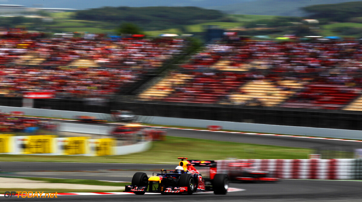 141017293KR141_Spanish_F1_G BARCELONA, SPAIN - MAY 13:  Sebastian Vettel of Germany and Red Bull Racing drives during the Spanish Formula One Grand Prix at the Circuit de Catalunya on May 13, 2012 in Barcelona, Spain.  (Photo by Mark Thompson/Getty Images) *** Local Caption *** Sebastian Vettel Spanish F1 Grand Prix - Race Mark Thompson Barcelona Spain  Formula One Racing F1