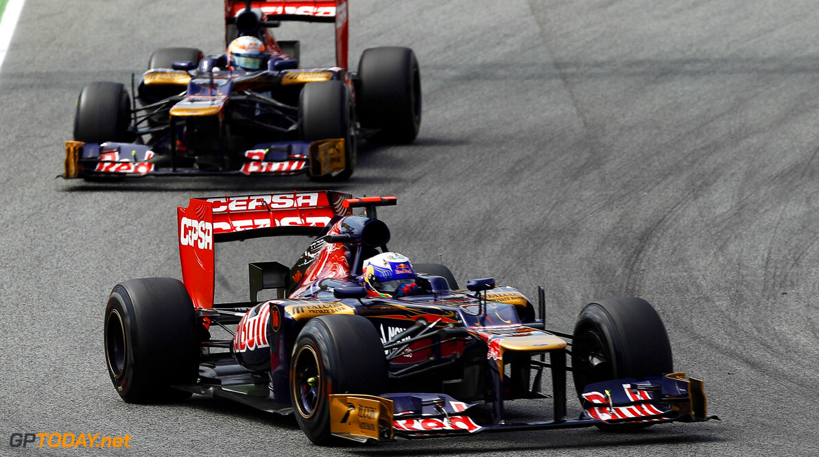 141017293KR086_Spanish_F1_G BARCELONA, SPAIN - MAY 13:  Daniel Ricciardo of Australia and Scuderia Toro Rosso leads from team mate Jean-Eric Vergne of France and Scuderia Toro Rosso during the Spanish Formula One Grand Prix at the Circuit de Catalunya on May 13, 2012 in Barcelona, Spain.  (Photo by Paul Gilham/Getty Images) *** Local Caption *** Daniel Ricciardo; Jean-Eric Vergne Spanish F1 Grand Prix - Race Paul Gilham Barcelona Spain  Formula One Racing F1