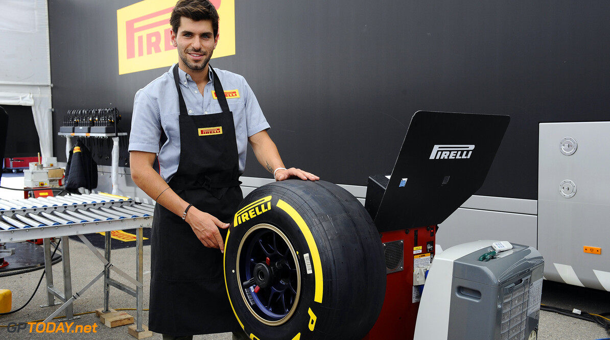 Alguersuari eyes switch to IndyCars for 2014