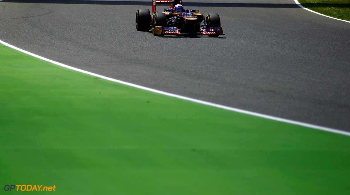 141017293VR050_Spanish_F1_G BARCELONA, SPAIN - MAY 13: Daniel Ricciardo of Australia and Scuderia Toro Rosso drives during the Spanish Formula One Grand Prix at the Circuit de Catalunya on May 13, 2012 in Barcelona, Spain.  (Photo by Vladimir Rys/Getty Images) Spanish F1 Grand Prix - Race Vladimir Rys Barcelona Spain  Formula One Racing F1
