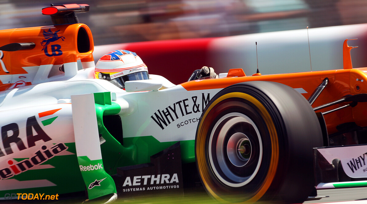 Paul di Resta hoping for top team switch in 2014