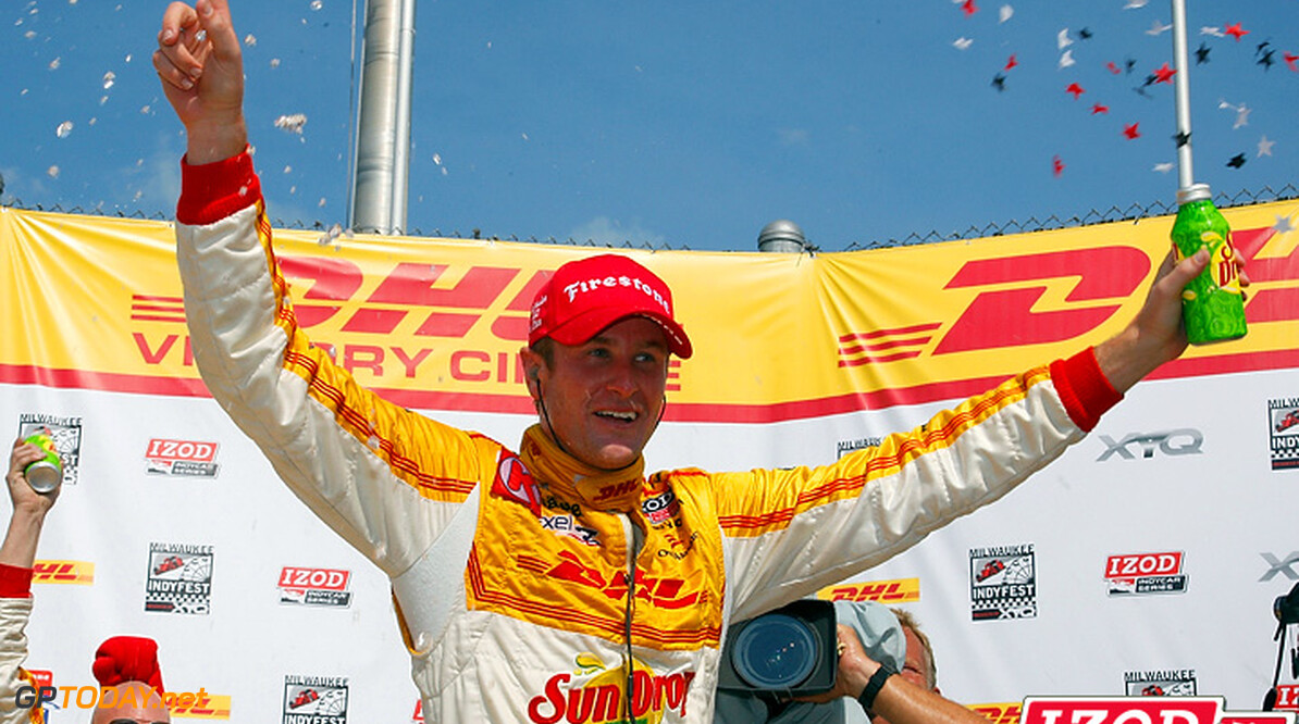 Hunter-Reay confirmed for Race of Champions 2012