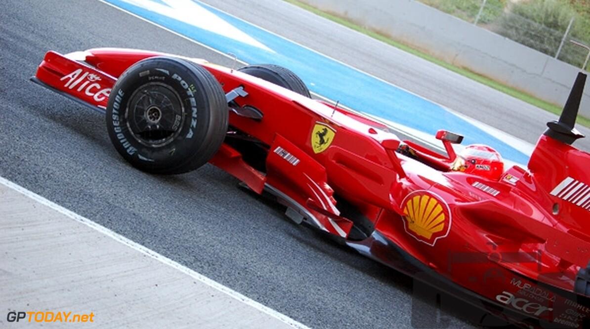 """Ferrari: """"Michael Schumacher rijdt in 2008"""""""