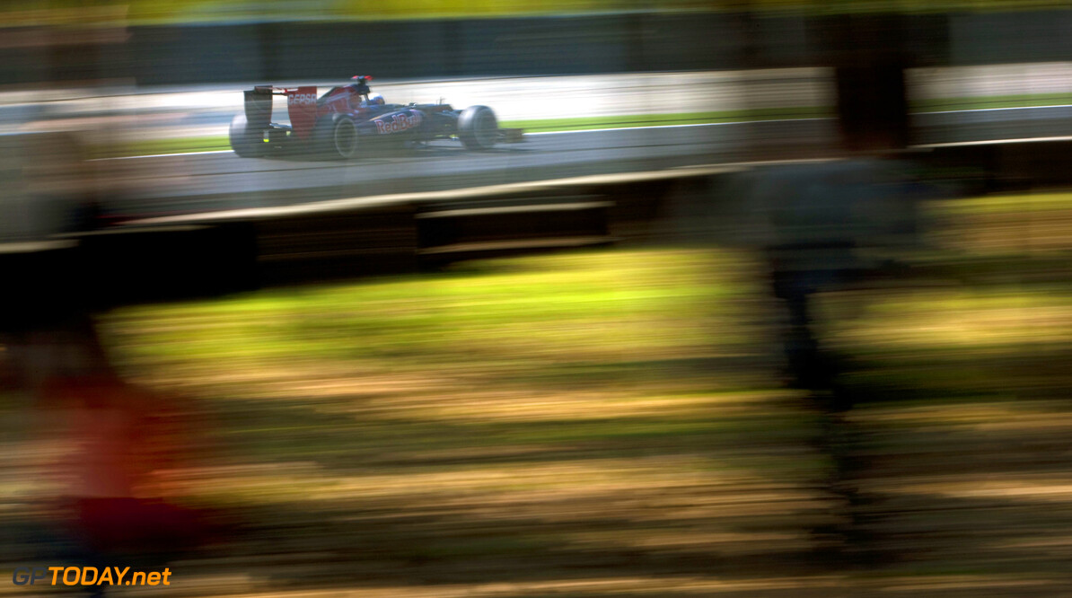 141017992KR00235_F1_Grand_P MONZA, ITALY - SEPTEMBER 09:  Daniel Ricciardo of Australia and Scuderia Toro Rosso drives during the Italian Formula One Grand Prix at the Autodromo Nazionale di Monza on September 9, 2012 in Monza, Italy.  (Photo by Peter Fox/Getty Images) *** Local Caption *** Daniel Ricciardo F1 Grand Prix of Italy Peter Fox Monza Italy  Formula One Racing