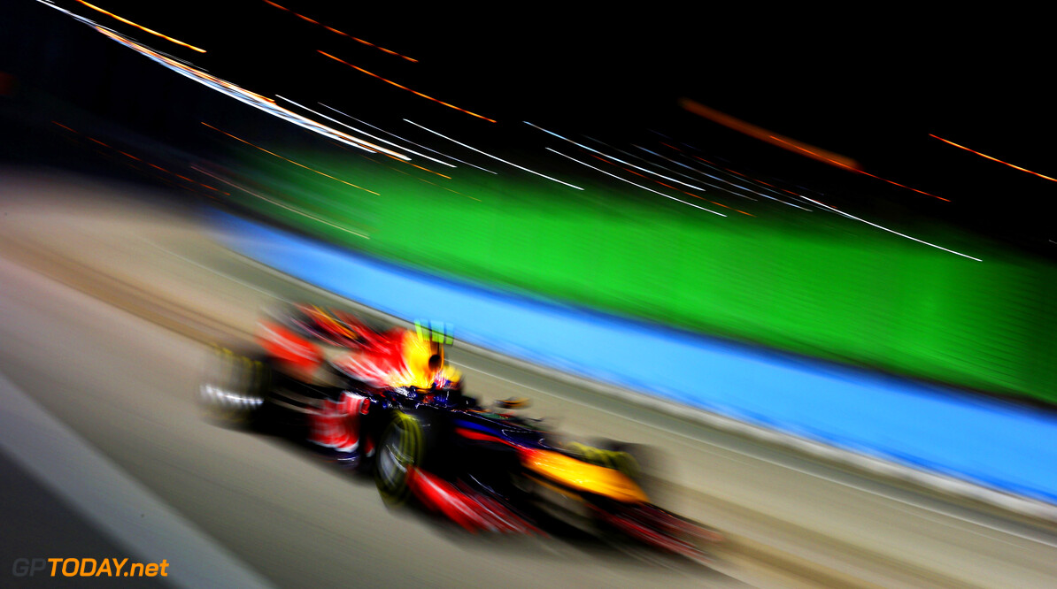 141020443KR00122_F1_Grand_P SINGAPORE - SEPTEMBER 23:  Mark Webber of Australia and Red Bull Racing drives during the Singapore Formula One Grand Prix at the Marina Bay Street Circuit on September 23, 2012 in Singapore, Singapore.  (Photo by Paul Gilham/Getty Images) *** Local Caption *** Mark Webber F1 Grand Prix of Singapore Paul Gilham Singapore Singapore  Formula One Racing