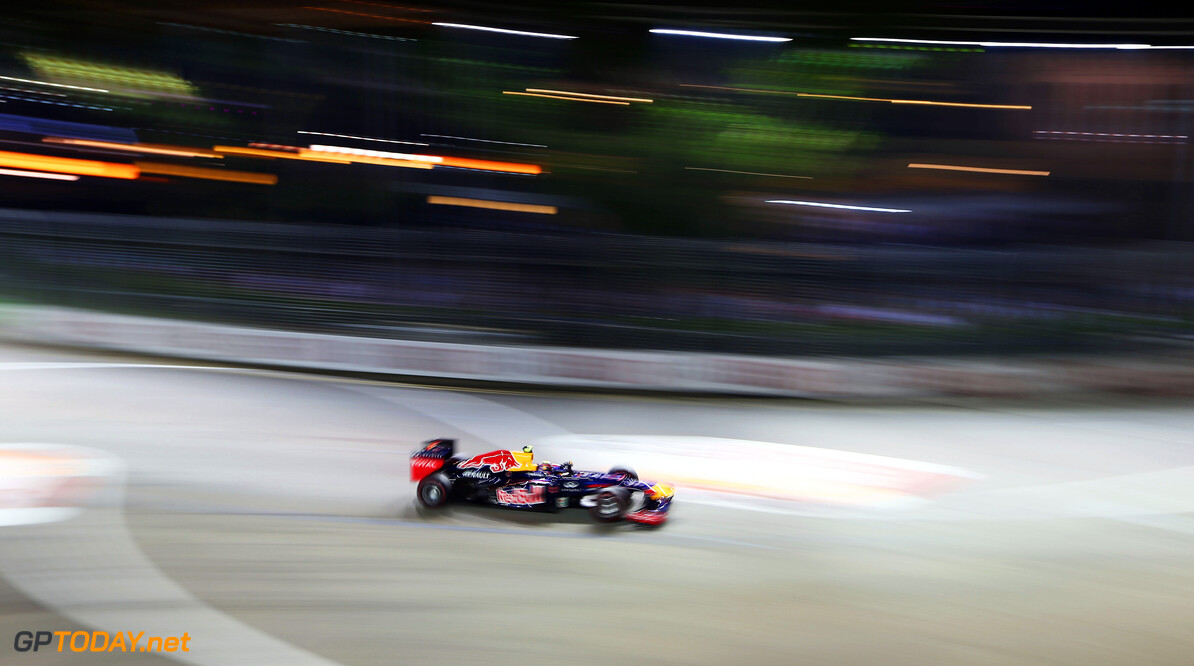 141020443KR00123_F1_Grand_P SINGAPORE - SEPTEMBER 23:  Mark Webber of Australia and Red Bull Racing drives during the Singapore Formula One Grand Prix at the Marina Bay Street Circuit on September 23, 2012 in Singapore, Singapore.  (Photo by Robert Cianflone/Getty Images) *** Local Caption *** Mark Webber F1 Grand Prix of Singapore Robert Cianflone Singapore Singapore  Formula One Racing