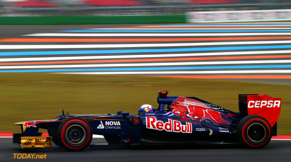 141020555KR00110_F1_Grand_P YEONGAM-GUN, SOUTH KOREA - OCTOBER 13:  Daniel Ricciardo of Australia and Scuderia Toro Rosso drives during final practice prior to qualifying for the Korean Formula One Grand Prix at the Korea International Circuit on October 13, 2012 in Yeongam-gun, South Korea.  (Photo by Clive Rose/Getty Images) *** Local Caption *** Daniel Ricciardo F1 Grand Prix of Korea - Qualifying Clive Rose Yeongam-gun South Korea  Formula One Racing