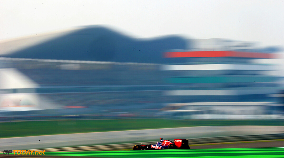 141020623KR00296_F1_Grand_P NOIDA, INDIA - OCTOBER 26:  Daniel Ricciardo of Australia and Scuderia Toro Rosso drives during practice for the Indian Formula One Grand Prix at Buddh International Circuit on October 26, 2012 in Noida, India.  (Photo by Paul Gilham/Getty Images) *** Local Caption *** Daniel Ricciardo F1 Grand Prix Of India - Practice Paul Gilham Noida India  Formula One Racing