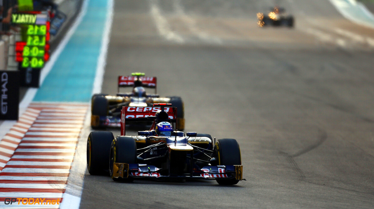 141020760KR00106_F1_Grand_P ABU DHABI, UNITED ARAB EMIRATES - NOVEMBER 04:  Daniel Ricciardo of Australia and Scuderia Toro Rosso drives during the Abu Dhabi Formula One Grand Prix at the Yas Marina Circuit on November 4, 2012 in Abu Dhabi, United Arab Emirates.  (Photo by Paul Gilham/Getty Images) *** Local Caption *** Daniel Ricciardo F1 Grand Prix of Abu Dhabi Paul Gilham Abu Dhabi United Arab Emirates  Formula One Racing