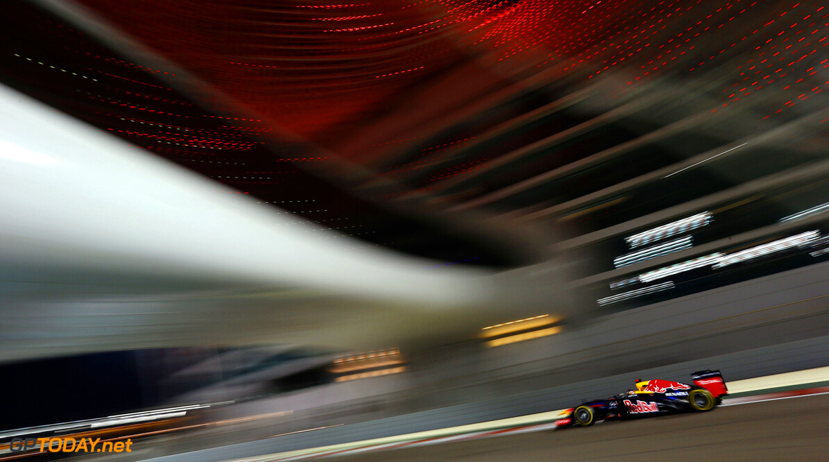 141020742KR00109_F1_Grand_P ABU DHABI, UNITED ARAB EMIRATES - NOVEMBER 02:  Sebastian Vettel of Germany and Red Bull Racing drives during practice for the Abu Dhabi Formula One Grand Prix at the Yas Marina Circuit on November 2, 2012 in Abu Dhabi, United Arab Emirates.  (Photo by Paul Gilham/Getty Images) *** Local Caption *** Sebastian Vettel F1 Grand Prix of Abu Dhabi - Practice Paul Gilham Abu Dhabi United Arab Emirates  Formula One Racing
