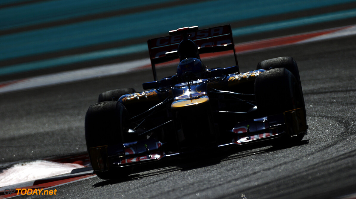 141020742KR00090_F1_Grand_P ABU DHABI, UNITED ARAB EMIRATES - NOVEMBER 02:  Daniel Ricciardo of Australia and Scuderia Toro Rosso drives during practice for the Abu Dhabi Formula One Grand Prix at the Yas Marina Circuit on November 2, 2012 in Abu Dhabi, United Arab Emirates.  (Photo by Paul Gilham/Getty Images) *** Local Caption *** Daniel Ricciardo F1 Grand Prix of Abu Dhabi - Practice Paul Gilham Abu Dhabi United Arab Emirates  Formula One Racing