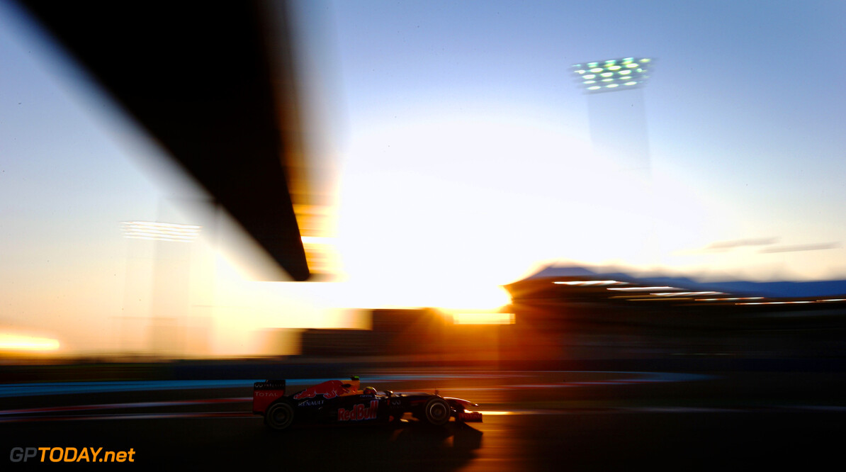 141020742PG00001_F1_Grand_P ABU DHABI, UNITED ARAB EMIRATES - NOVEMBER 02:  Mark Webber of Australia and Red Bull Racing drives during practice for the Abu Dhabi Formula One Grand Prix at the Yas Marina Circuit on November 2, 2012 in Abu Dhabi, United Arab Emirates.  (Photo by Paul Gilham/Getty Images) *** Local Caption *** Mark Webber F1 Grand Prix of Abu Dhabi - Practice Paul Gilham Abu Dhabi United Arab Emirates  Formula One Racing
