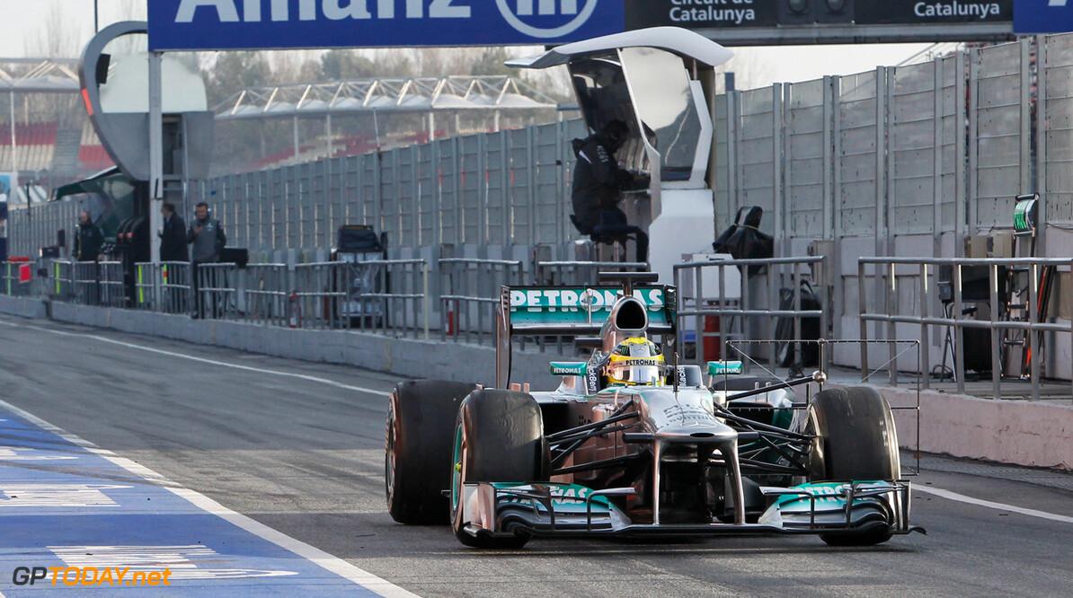 Barcelona dag 4: Rosberg zet scherpe tijd neer