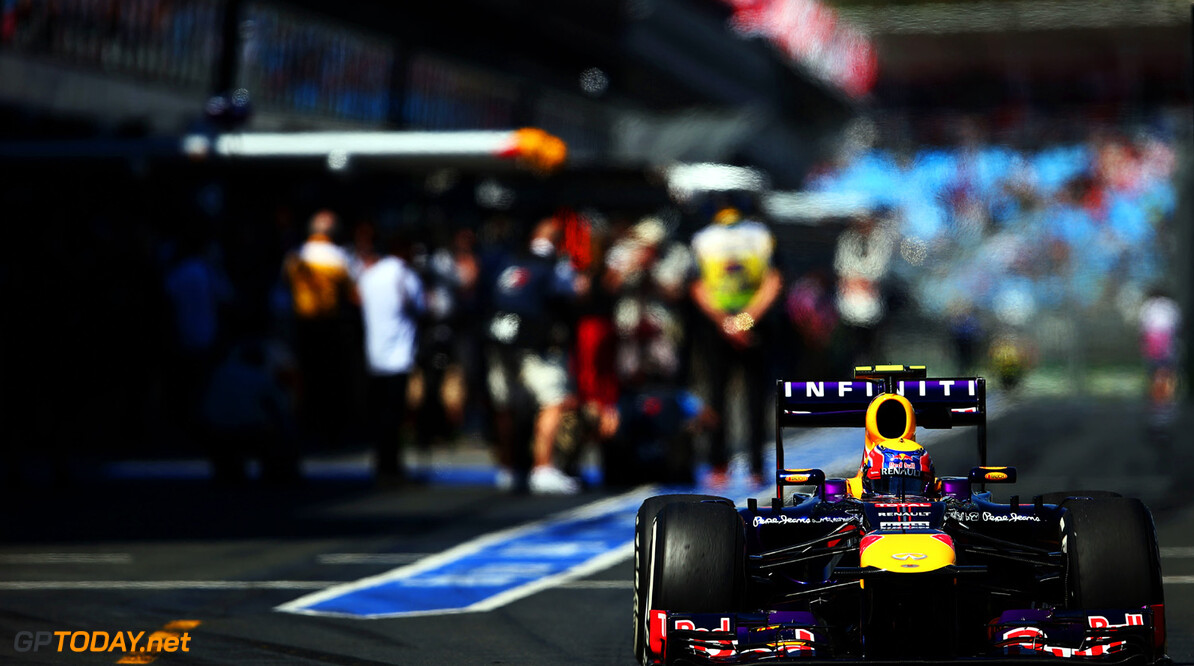163375443KR00084_Australian MELBOURNE, AUSTRALIA - MARCH 15:  Mark Webber of Australia and Infiniti Red Bull Racing drives down the pitlane during practice for the Australian Formula One Grand Prix at the Albert Park Circuit on March 15, 2013 in Melbourne, Australia.  (Photo by Paul Gilham/Getty Images) *** Local Caption *** Mark Webber Australian F1 Grand Prix - Practice Paul Gilham Melbourne Australia  Formula One Racing formula 1 Auto Racing Formula 1 Australian Grand Prix Australian Formula One Grand Pr Formula One Grand Prix Australia F1 Grand Prix
