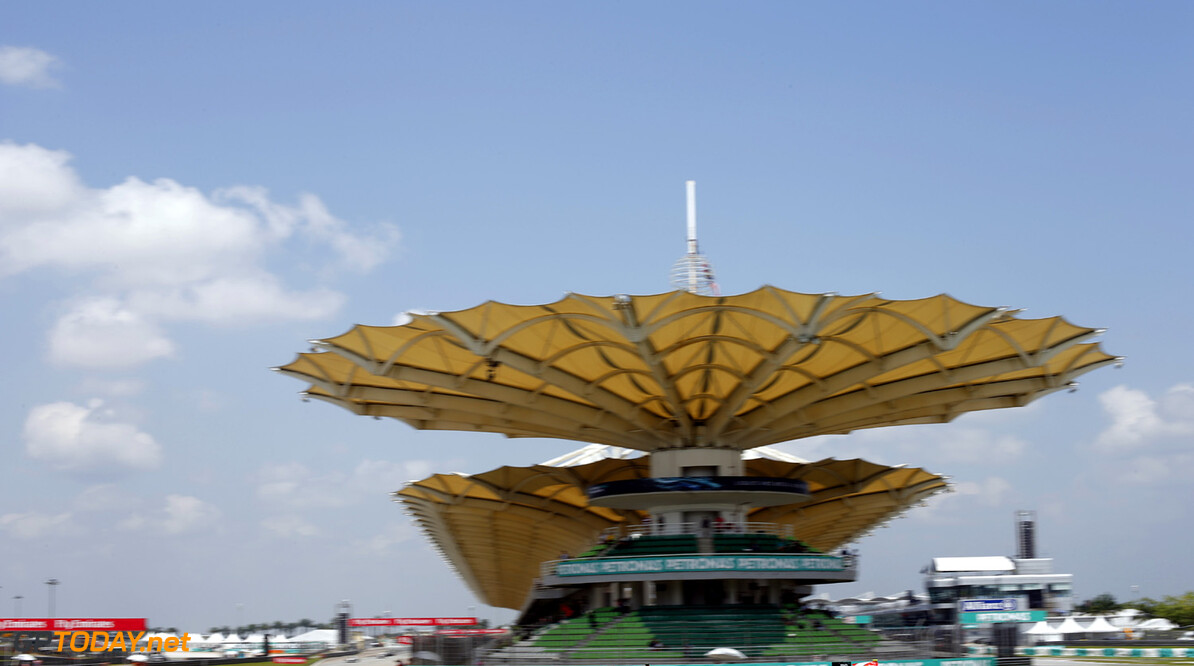 2013 GP2 Series. Round 1.  Sepang, Kuala Lumpur, Malaysia. 23rd March 2013.  Saturday Race.  Race action.  World Copyright: Glenn Dunbar/GP2 Series Media Service.  ref: _89P8070