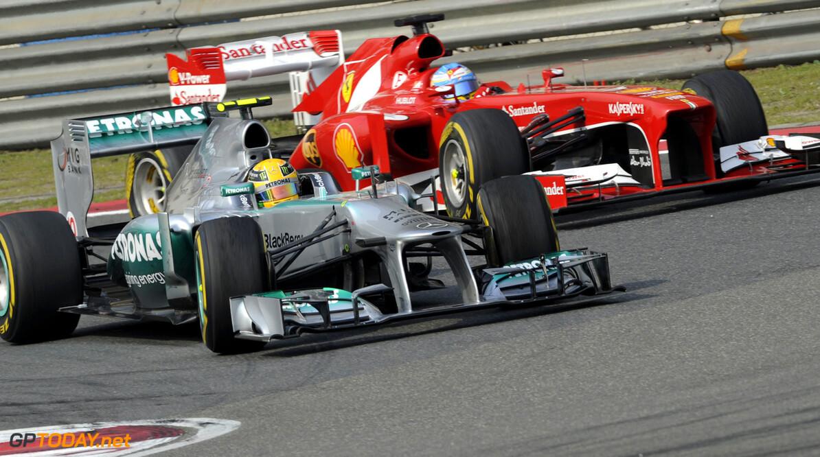 Hamilton samen met Alonso grootverdiener in Formule 1
