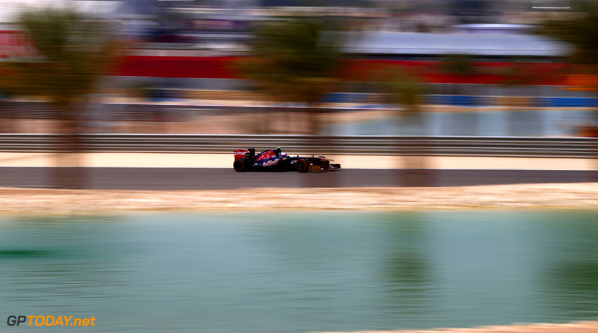 163377116KR00081_F1_Grand_P SAKHIR, BAHRAIN - APRIL 19:  Daniel Ricciardo of Australia and Scuderia Toro Rosso drives during practice for the Bahrain Formula One Grand Prix at the Bahrain International Circuit on April 19, 2013 in Sakhir, Bahrain.  (Photo by Clive Mason/Getty Images) *** Local Caption *** Daniel Ricciardo F1 Grand Prix of Bahrain - Practice Clive Mason Sakhir Bahrain  formula 1 Formula One Racing Auto Racing Formula 1 Grand Prix of Bahrain Bahrain Formula One Grand Prix Formula One Grand Prix