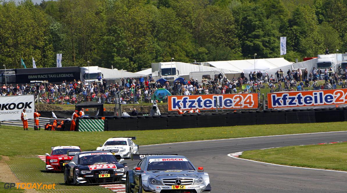 9 Christian Vietoris (D), HWA, DTM Mercedes AMG C-Coupe, 23 Timo Scheider (D), Audi Sport Team Abt, Audi RS 5 DTM