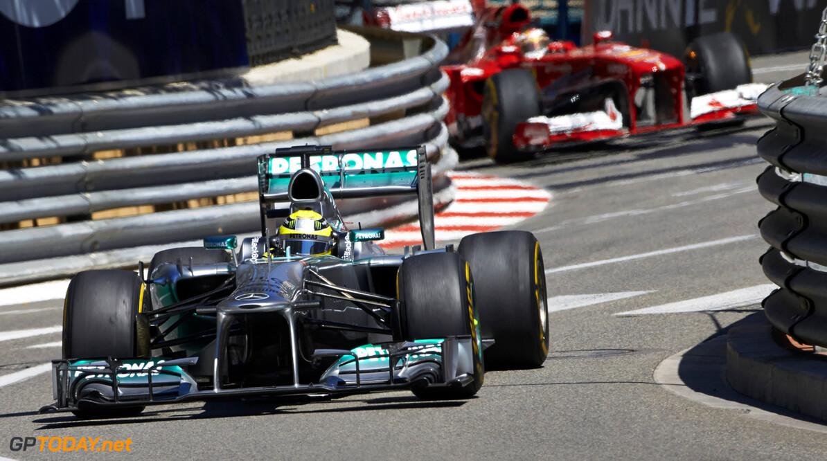 Ferrari vrijuit, Mercedes voor tribunaal gedaagd