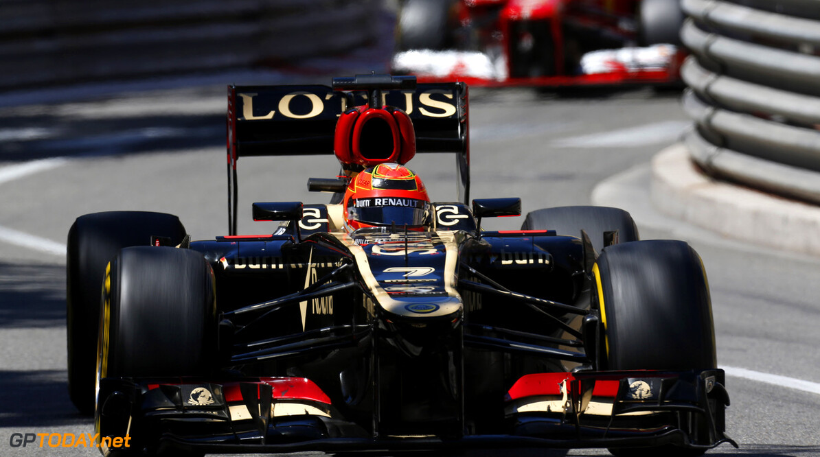 Ecclestone backs Raikkonen to stop driving for Lotus