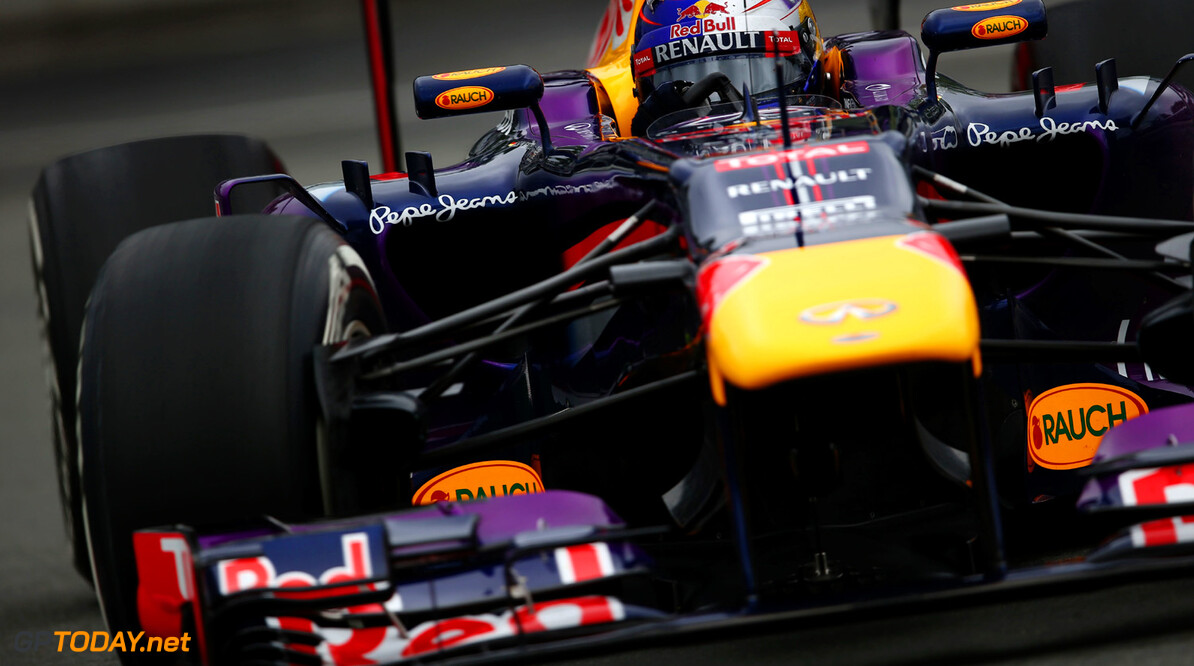 163377346KR00067_Canadian_F MONTREAL, QC - JUNE 07:  Sebastian Vettel of Germany and Infiniti Red Bull Racing drives during practice for the Canadian Formula One Grand Prix at the Circuit Gilles Villeneuve on June 7, 2013 in Montreal, Canada.  (Photo by Paul Gilham/Getty Images) *** Local Caption *** Sebastian Vettel of Germany Canadian F1 Grand Prix - Practice Paul Gilham Montreal Canada  Formula One Racing formula 1 Auto Racing Formula 1 Canadian Grand Prix Canadian Formula One Grand Prix Formula One Grand Prix