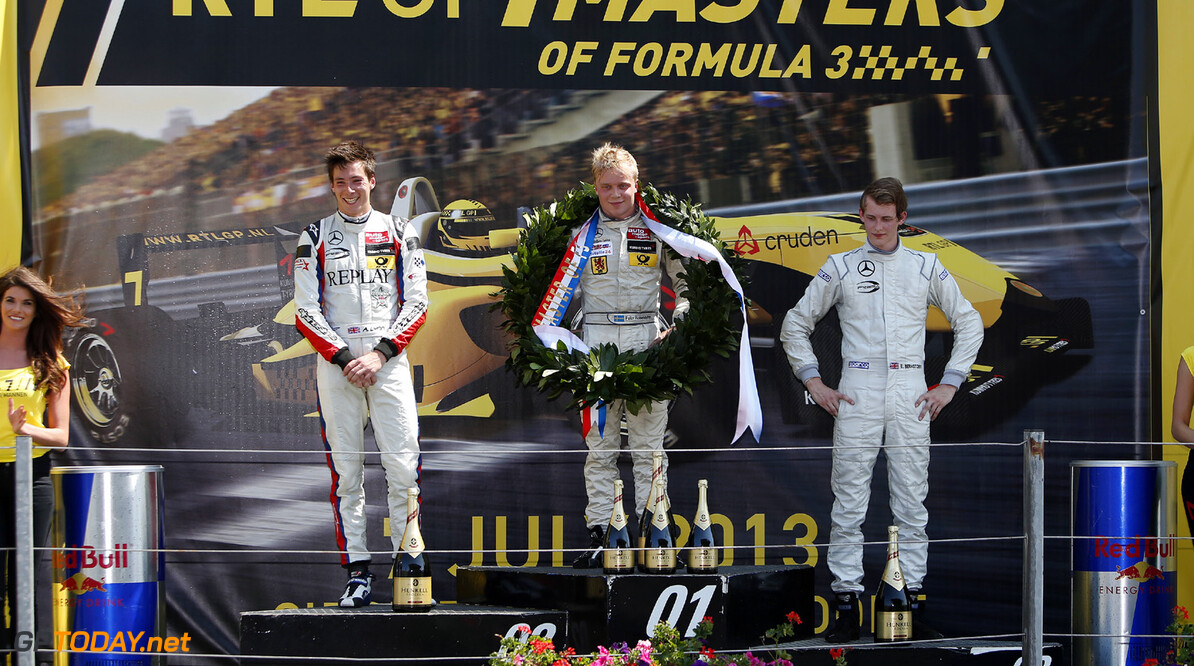 Masters of Formula 3, Zandvoort (NL) Prize giving ceremony, 2 Alex Lynn (GB, Prema Powerteam, Dallara F312 Mercedes), 5 Felix Rosenqvist (S, kfzteile24 Muecke Motorsport, Dallara F312 Mercedes), 4 Emil Bernstorff (GB, Prema Powerteam, Dallara F312 Mercedes), Masters of Formula 3, Zandvoort (NL) - 5.-7. July 2013 *** Local Caption *** Copyright (c) FIA Formula 3 European Championship / Thomas Suer RTL GP Masters of Formula 3, Zandvoort (NL) Thomas Suer Zandvoort Netherlands