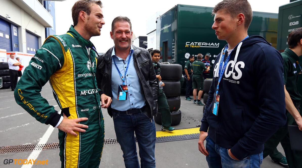 Max Verstappen sensatie bij debuut in Formule Renault 2.0
