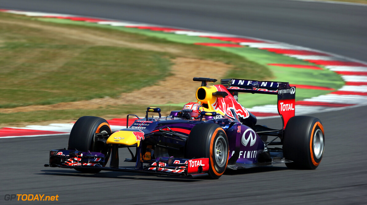173464520MT00035_F1_Young_D NORTHAMPTON, ENGLAND - JULY 17: Antonio Felix Da Costa of Portugal testing in the Red Bull RB9  at Silverstone Circuit on July 17, 2013 in Northampton, England.  (Photo by Mark Thompson/Getty Images) F1 Young Driver Tests - Silverstone Mark Thompson Northampton United Kingdom  Formula One Racing