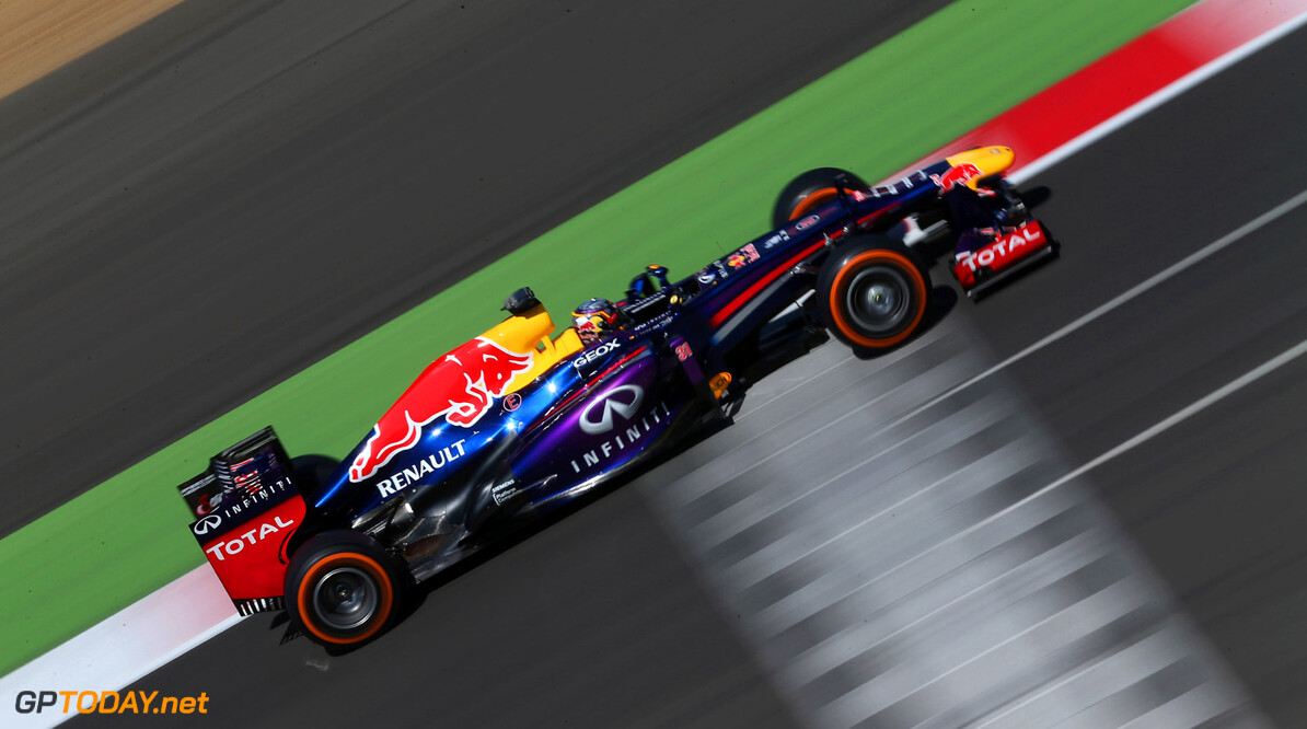 174042266MT00032_F1_Young_D NORTHAMPTON, ENGLAND - JULY 19:   Carlos Sainz Jr of Spain drives the Infiniti Red Bull Racing car during the young drivers test at Silverstone Circuit on July 19, 2013 in Northampton, England.  (Photo by Mark Thompson/Getty Images) F1 Young Driver Tests - Silverstone: Day Three Mark Thompson Northampton United Kingdom  Formula One Racing