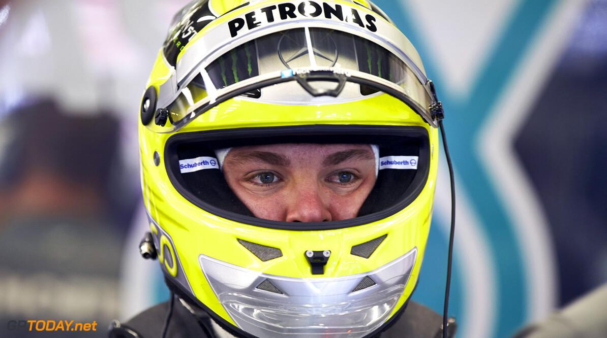 Rosberg verliest aansluiting bij Hamilton in moeilijke fase