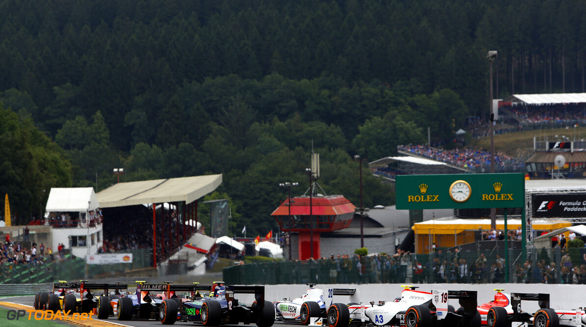 2013 GP2 Series. Round 8.  Spa - Francorchamps, Spa, Belgium. 24th August. Saturday race. Race start. Action.  World Copyright: Alastair Staley/GP2 Media Service. ref: Digital Image _R6T6940.jpg