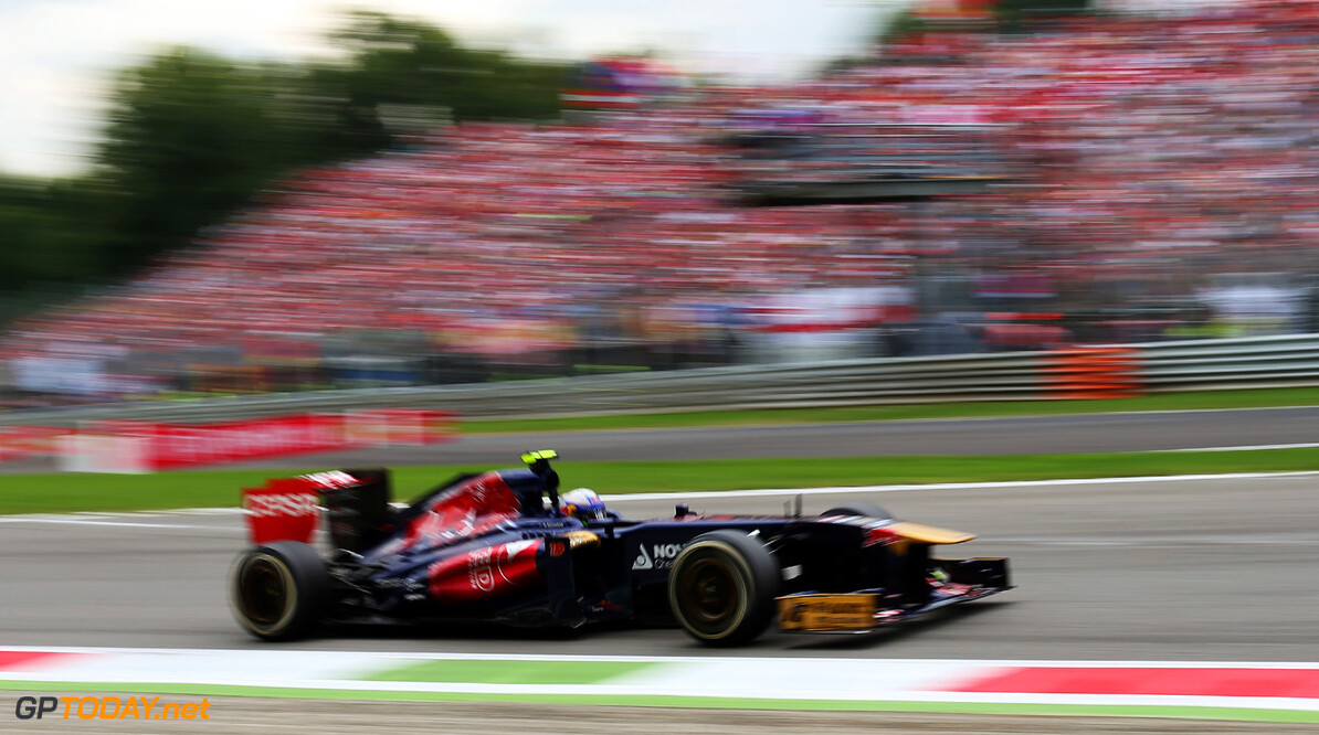 166987878GI00243_F1_Grand_P MONZA, ITALY - SEPTEMBER 08:  Daniel Ricciardo of Australia and Scuderia Toro Rosso drives during the Italian Formula One Grand Prix at Autodromo di Monza on September 8, 2013 in Monza, Italy.  (Photo by Mark Thompson/Getty Images) *** Local Caption *** Daniel Ricciardo F1 Grand Prix of Italy - Race Mark Thompson Monza Italy