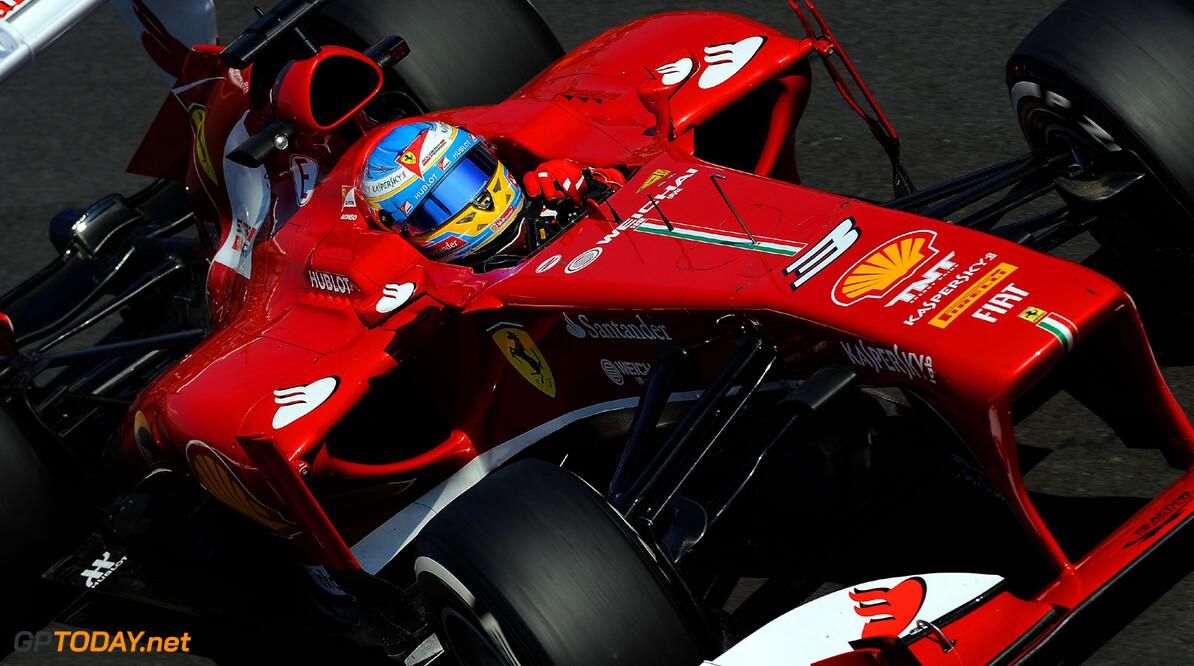 Ferrari reageert fel op vraag over relatie met Alonso
