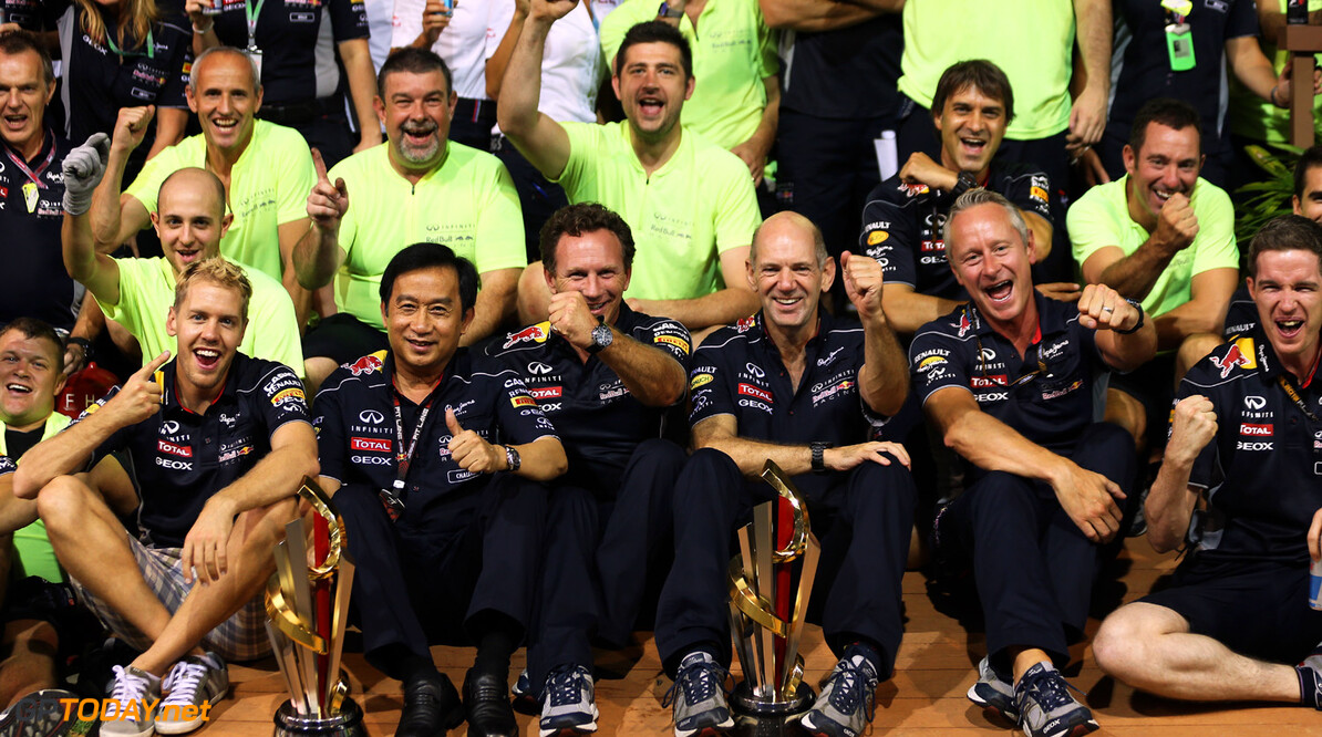 SINGAPORE - SEPTEMBER 22:  The Infiniti Red Bull racing team celebrate their victory following the Singapore Formula One Grand Prix at Marina Bay Street Circuit on September 22, 2013 in Singapore, Singapore.  (Photo by Mark Thompson/Getty Images) F1 Grand Prix of Singapore Mark Thompson Singapore Singapore