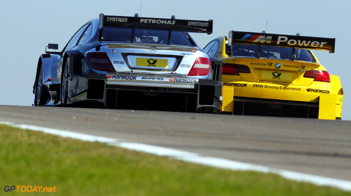 9 Christian Vietoris (D), HWA, DTM Mercedes AMG C-Coupe, 22 Timo Glock (D), BMW Team MTEK, BMW M3 DTM