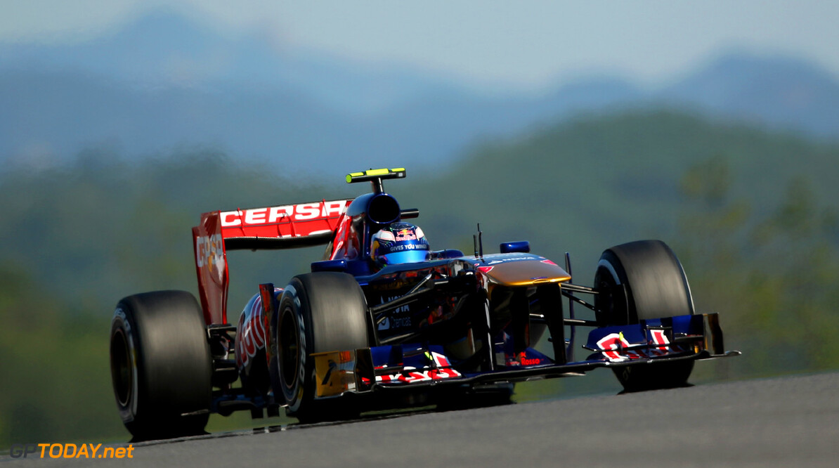166988091KR00238_F1_Grand_P YEONGAM-GUN, SOUTH KOREA - OCTOBER 04:  Daniel Ricciardo of Australia and Scuderia Toro Rosso drives during practice for the Korean Formula One Grand Prix at Korea International Circuit on October 4, 2013 in Yeongam-gun, South Korea.  (Photo by Clive Rose/Getty Images) *** Local Caption *** Daniel Ricciardo F1 Grand Prix of Korea - Practice Clive Rose Yeongam-gun South Korea  F1 Mokpo