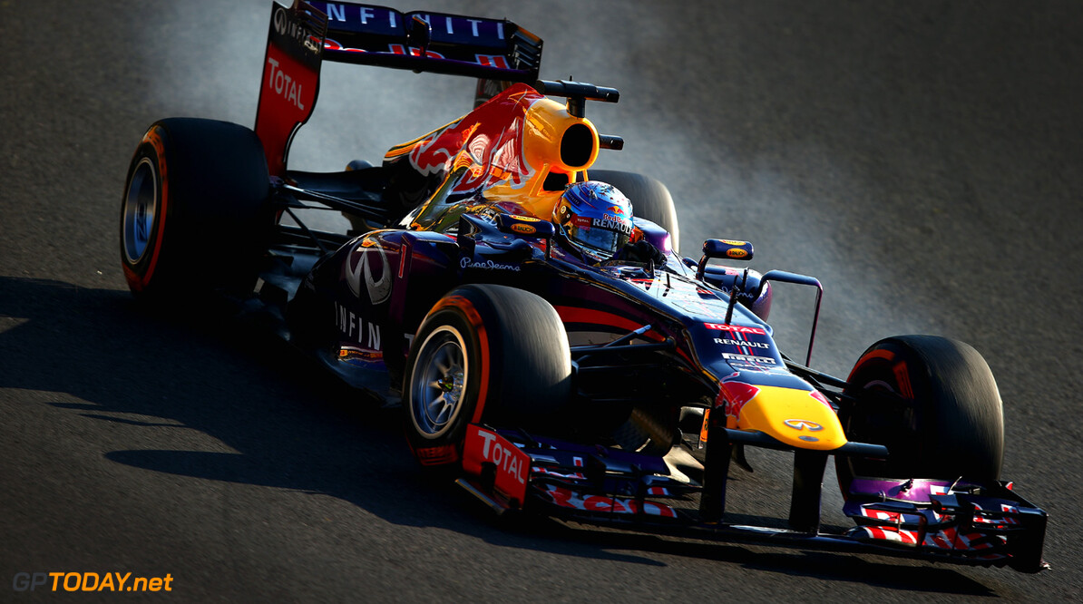 166988186KR00171_F1_Grand_P SUZUKA, JAPAN - OCTOBER 13:  Sebastian Vettel of Germany and Infiniti Red Bull Racing drives on his way to winning the Japanese Formula One Grand Prix at Suzuka Circuit on October 13, 2013 in Suzuka, Japan.  (Photo by Clive Mason/Getty Images) *** Local Caption *** Sebastian Vettel F1 Grand Prix of Japan - Race Clive Mason Suzuka Japan