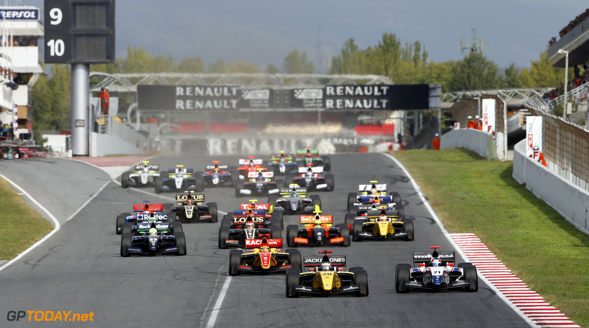 MOTORSPORT -  WORLD SERIES BY RENAULT 2013  - CATALUNYA - BARCELONA (ESP) - 18 TO 20/10/2013 - PHOTO FRANCOIS FLAMAND / DPPI - 20 MAGNUSSEN KEVIN (DEN) - DAMS - FORMULE RENAULT 3.5 - ACTION START AUTO - WORLD SERIES BY RENAULT CATALUNYA 2013 FRANCOIS FLAMAND BARCELONA SPAIN  Auto Car CHAMPIONNAT ESPAGNE Europe FORMULES Motorsport RENAULT SPORT series Sport VOITURES WORLD WSR