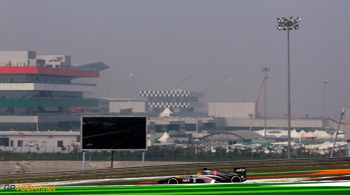 Indian GP Saturday 26/10/13 Nico Hulkenberg (GER) Sauber F1 Team. Buddh International Circuit.  Indian GP Saturday 26/10/13 Jad Sherif                       New Delhi India  F1 Formula 1 One 2013 action Hulkenberg Sauber