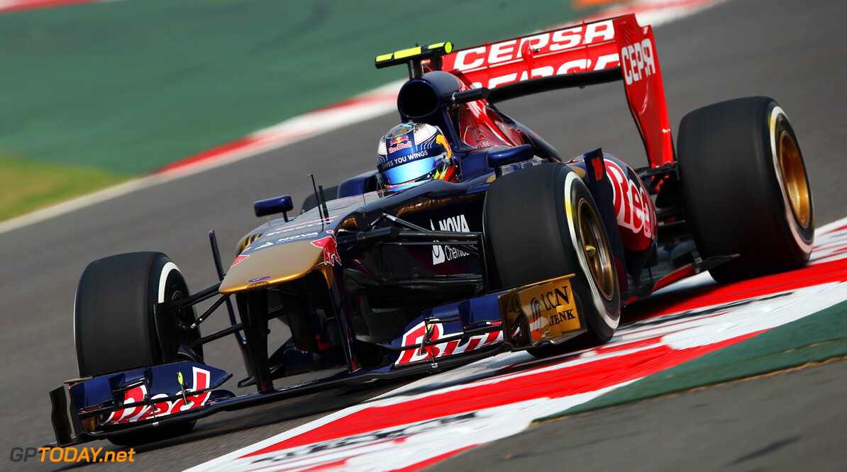 166989273XX00129_F1_Grand_P NOIDA, INDIA - OCTOBER 26:  Daniel Ricciardo of Australia and Scuderia Toro Rosso drives during the final practice session prior to qualifying for the Indian Formula One Grand Prix at Buddh International Circuit on October 26, 2013 in Noida, India.  (Photo by Mark Thompson/Getty Images) *** Local Caption *** Daniel Ricciardo F1 Grand Prix of India - Qualifying Mark Thompson Noida India  Delhi