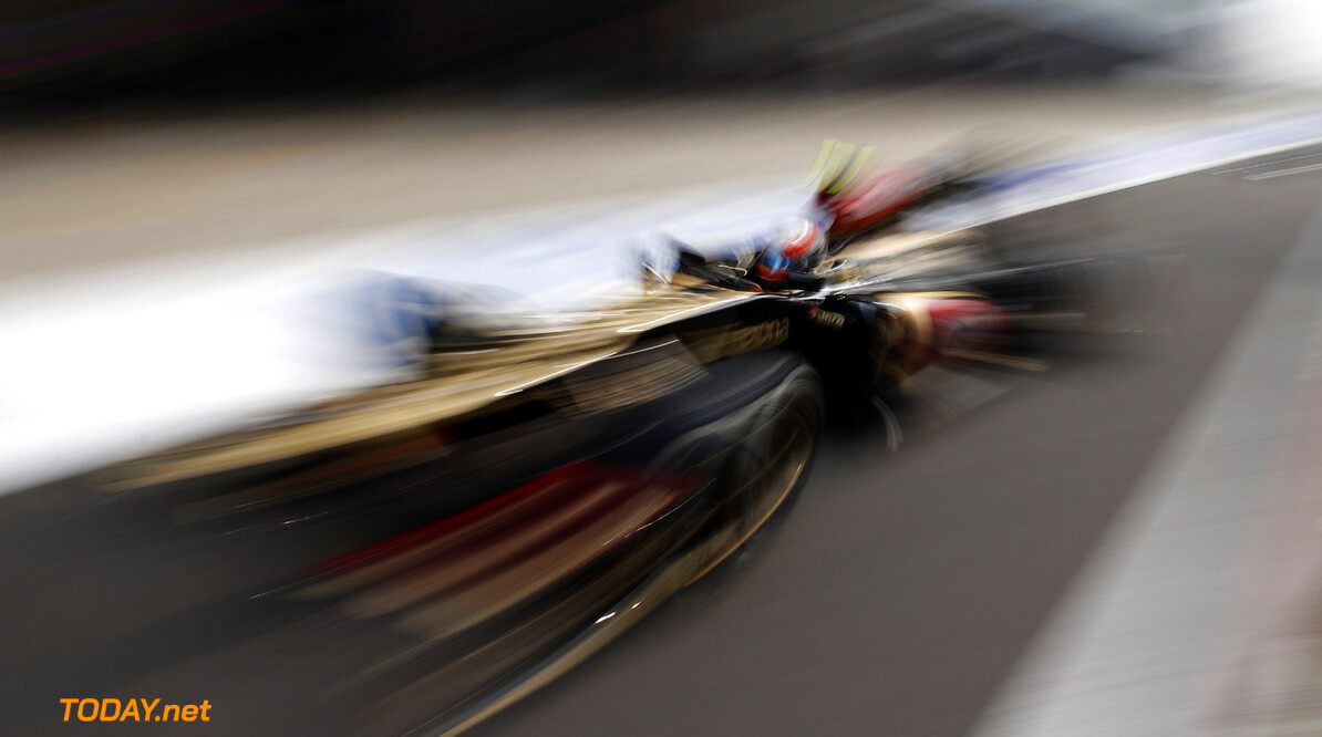 2013 Indian Grand Prix - Saturday Buddh International Circuit, New Delhi, India. Saturday 26th October 2013. Romain Grosjean, Lotus E21 Renault. Photo: Glenn Dunbar/Lotus F1 Team.  ref: Digital Image _89P5981      formula 1 formula one f1 gp oct ind Action