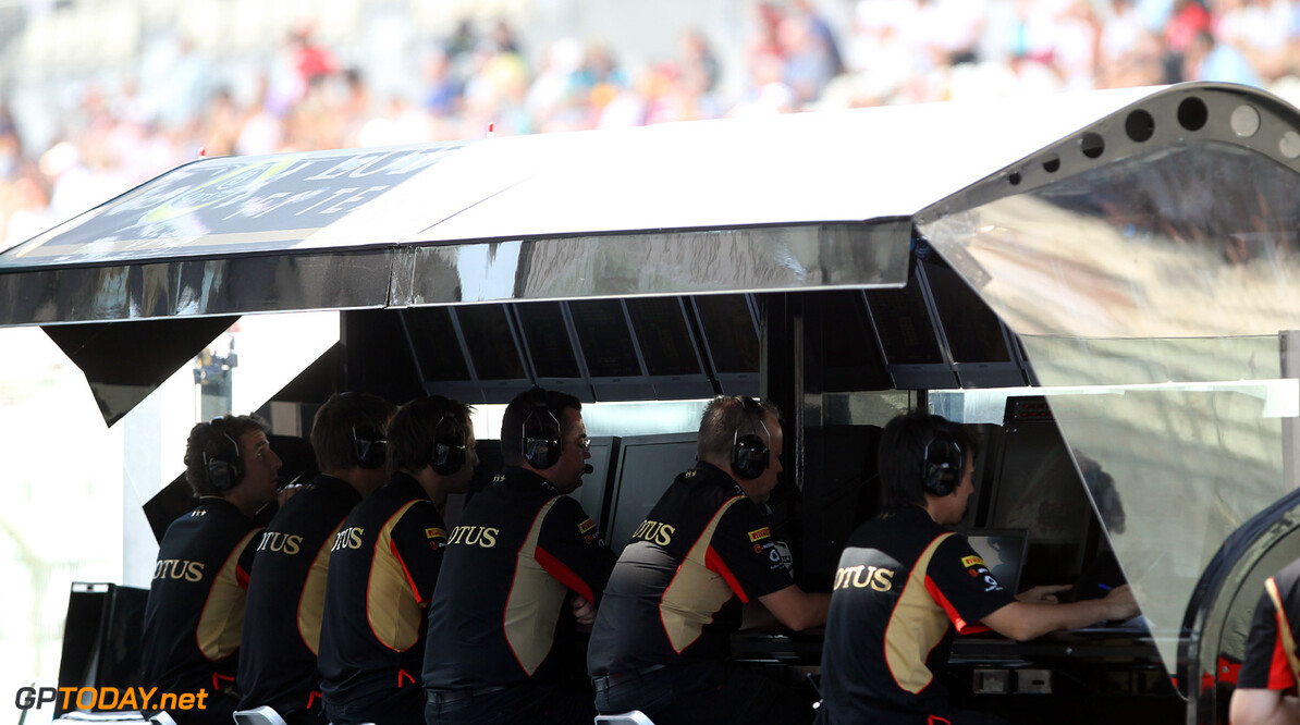 Lotus asks for first 2014 test to be postponed